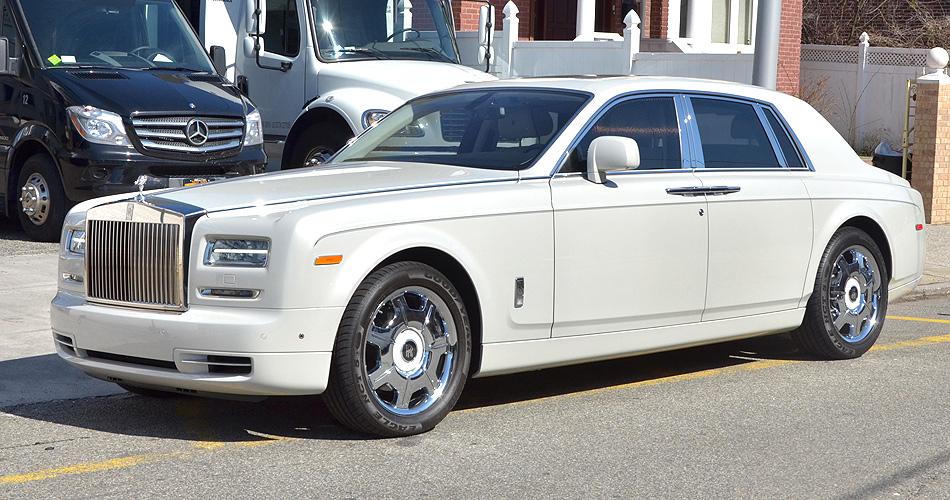 White Rolls Royce Phantom Ii Reliance Ny Group