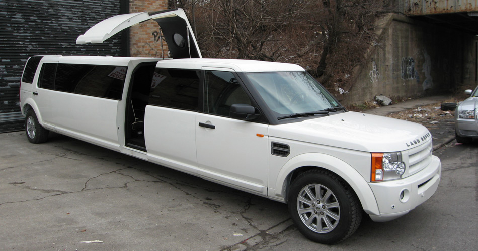 14 Passenger Land Rover Limo Rental Services In Nyc