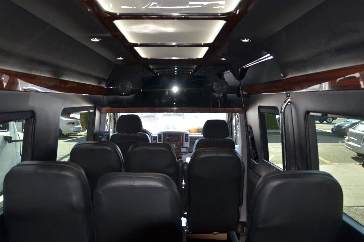 11 passenger mercedes sprinter van rental services in nyc