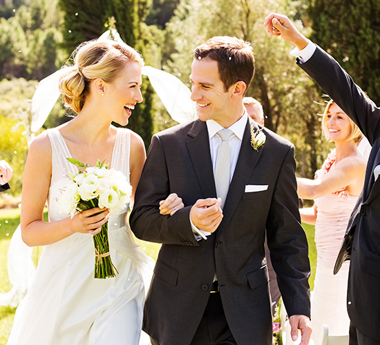 renting a limo on your wedding day